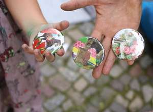 MOBILE ART LABs: NEW! Pop Up Badge Making