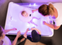 Baby Bonding - Floating & Massage für Babys