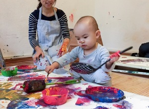 Art Play & Connect Programme (18 - 36 months)
